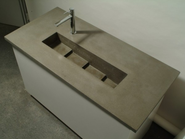 Cascading sink 005